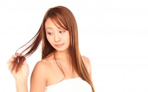 健康的な美髪を手に入れる! お湯シャンプーのススメ