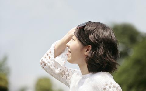 キラキラ目力が高まる、正しい目のUVケア法