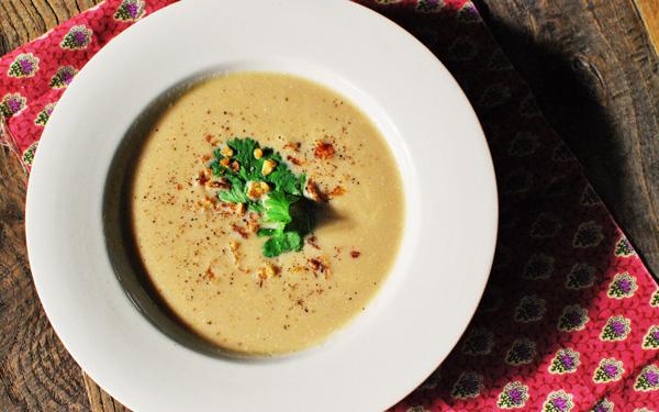 あったかスープレシピ「玉ねぎとチーズの濃厚ポタージュ」