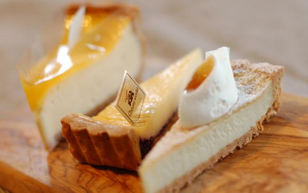 ワイン通のあの人への手みやげに。チーズのクセ度合いで選べるチーズケーキ専門店