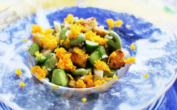 春色&ヘルシーなサラダでおもてなし「そら豆とテンペの春サラダ」