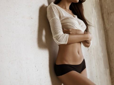 サムネイル 腹筋を鍛えてキレイなお腹を作ろう!女性に効果がある鍛え方