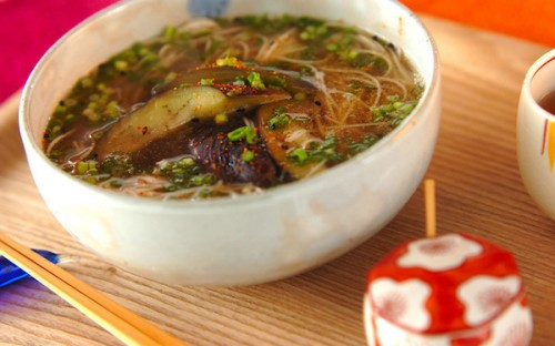 ヘルシー&時短できる、やさしい味のナスの温麺
