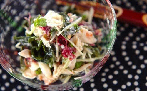 ネバりがあり食べ応え十分! 大和芋入り海藻サラダ