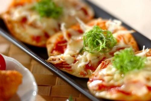 サムネイル 余った餃子の皮で簡単ピザ! 「シラスチーズ焼き」