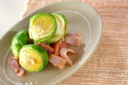 サムネイル 美肌に導く!栄養がギュッと詰まった「芽キャベツ」レシピ