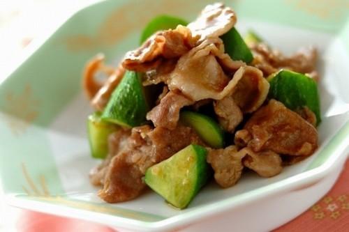 豚肉とキュウリの中華炒め
