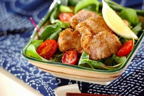 豚ヒレ肉の竜田揚げ丼