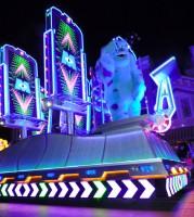 ペイント・ザ・ナイト・パレード(c)Disney/Pixar