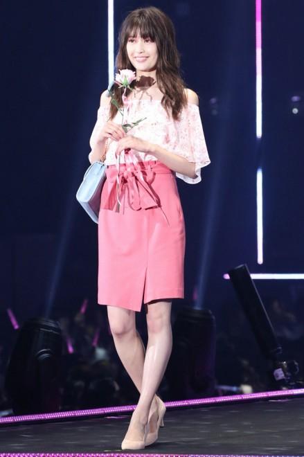 洋服が素敵な榊原美紅さん