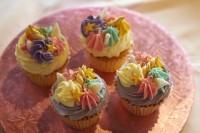 人気の『ユニコーンカップケーキ』
