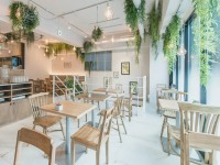 「BOTANIST CAFE」内観