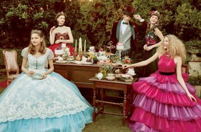 『ふしぎの国のアリス』の世界観を表現したウエディングドレス/ディズニーコレクション第4弾