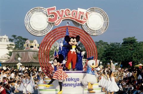 サムネイル 貴重な写真で振り返る! 東京ディズニーリゾート35年の歴史とこれから