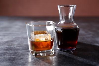 【季節のおすすめ】『Barrel-Aged Cold Brew(バレルエイジド コールド ブリュー)』(税抜1200円)