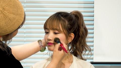 """サムネイル AKB48加藤玲奈が語る""""アイドルメイク""""の極意"""
