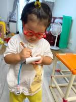 父コメント:3歳児のお医者さんごっこに信頼の置けそうなお医者さんが出てくることってあるんだ。