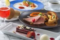 シェフのおすすめコース ¥5,800 東京ディズニーシー 「ブルーバイユー・レストラン」(2020年12月1日販売開始)