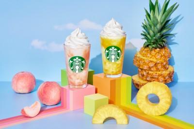 【8月4日発売】(写真左より)『GO ピーチ フラペチーノ』『GO パイナップル フラペチーノ』
