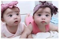 泣いてる姉を妹が優しくハグする動画に反響があった仲良し双子ちゃん