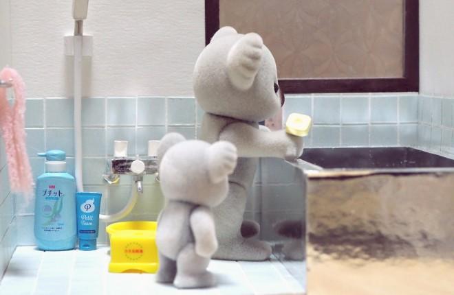 ステンレスお風呂で入浴タイム(画像提供:KanaFettさん)