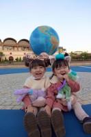 姉ゆうひちゃん(4歳)と妹ひなたちゃん(3歳)の仲良しな日常