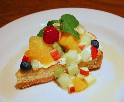 『いろいろフルーツ&マスカルポーネのタルト』/680円