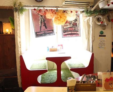 内観/Madosh! cafe
