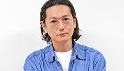 井浦新 活躍の裏に名監督、家族の存在——人生を変えた特別な出会い