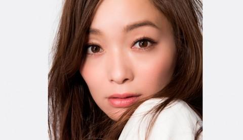 サムネイル 【美女賢磨】モデルが実践する美容法「佐藤純〜Vol.2  メイクのこだわり&愛用アイテムを大公開」