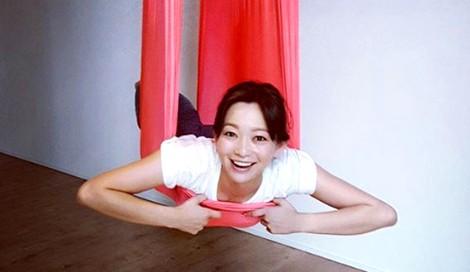 サムネイル 【美女賢磨】モデルが実践する美容法「佐藤純〜Vol.4 理想ボディへの一歩」