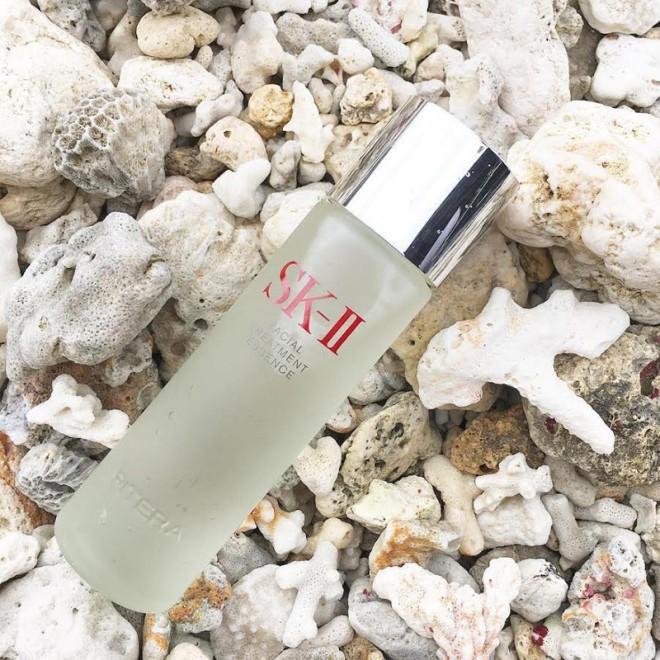 <b>「SK-II化粧水を自然の風景と一緒に」</b>