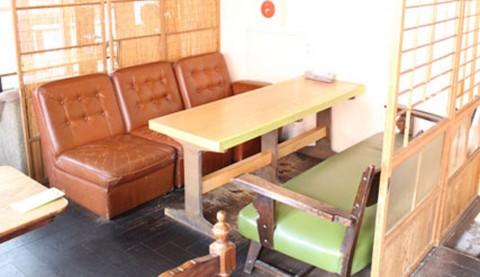 サムネイル 【新宿】全ソファ席のゆったりカフェ「ANALOG SHINJUKU」