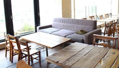 サムネイル 【表参道】奈良美智の世界が広がるカフェ「A to Z cafe」