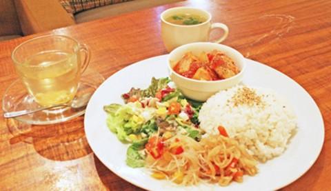 サムネイル 【新宿三丁目】まったり過ごせる 北欧テイストの隠れ家カフェ「SCOPP CAFE」