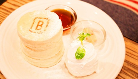 【原宿】関西の行列パンケーキを原宿で!極厚ぷるふわ食感が話題