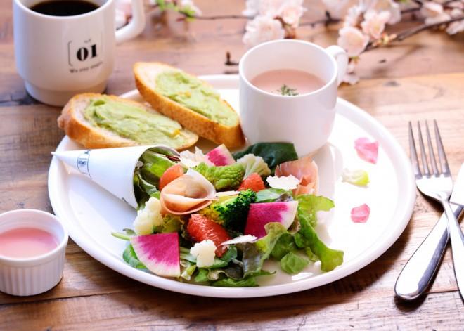 サムネイル 【表参道】人気ボタシャンのSNS映えする癒しカフェ『BOTANIST Cafe』