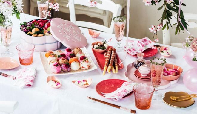 """サムネイル お家で花見♪ 桜モチーフのテーブルウェアで楽しむ""""エア花見""""のススメ"""
