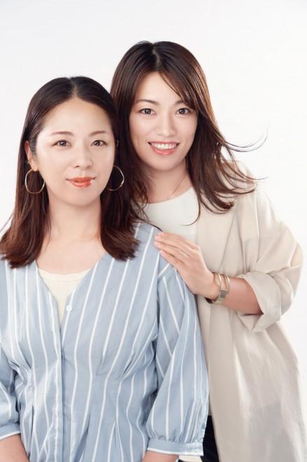 『ビューティチェンジ』を行う(左から)直美さんとeriさん