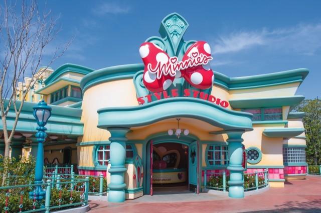 「ミニーのスタイルスタジオ」外観(C)Disney