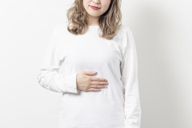 腸内には600〜1000兆個もの腸内細菌が存在。肌の代謝を進めるための物質も作り出している